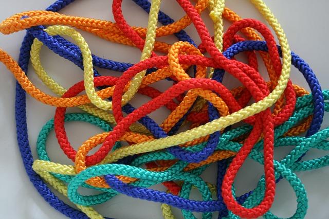 barevná šňůřa